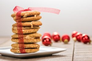 cookies-wrapped-in-bow-holiday